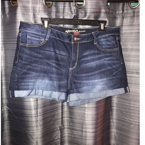 Arizona shorts 19